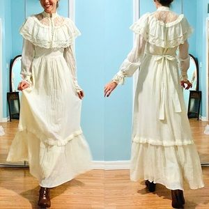 Vintage Maxi Long Sleeve Prairie Dress